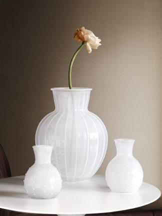 Vas White Lily stor